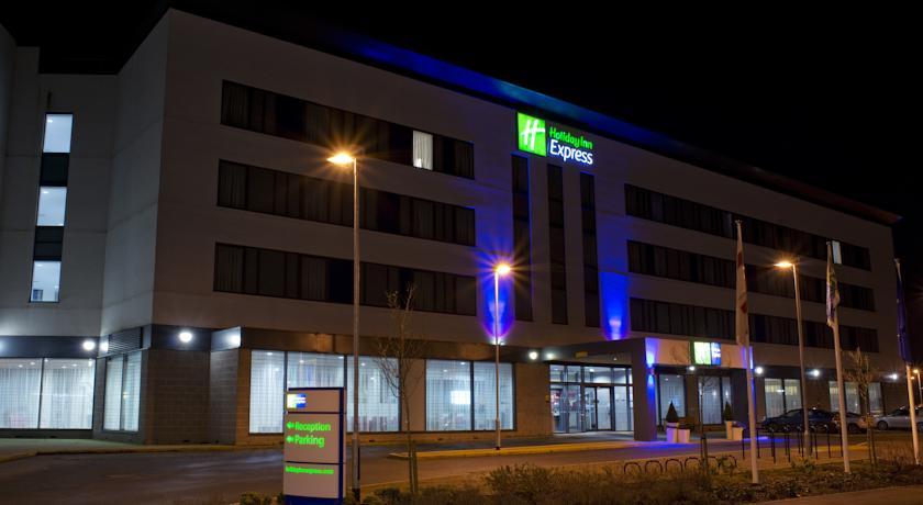 Hotels Near Watford Junction Train Station